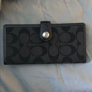 Coach credit card/ checkbook holder